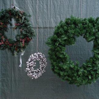 Foto van Kerstkrans 0.65 m met decoratie