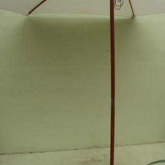 Foto van Parasol met voet ecru Ø 3 m